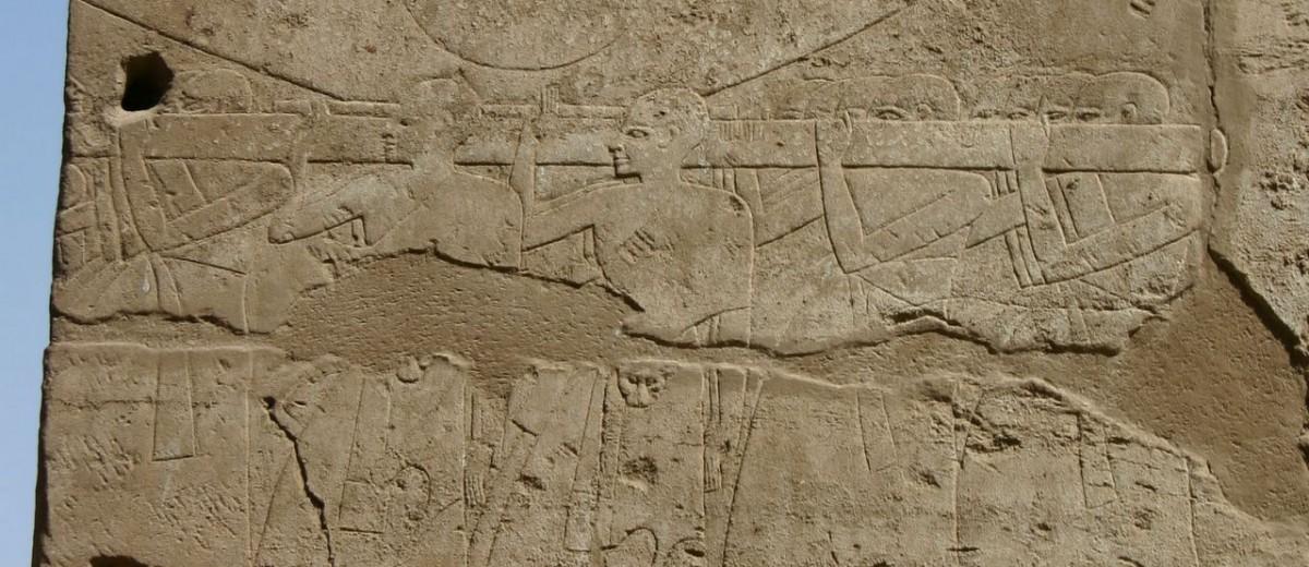 "Scene festivala ""Predivne svetkovine Opet"" u hramskom kompleksu Luksor"