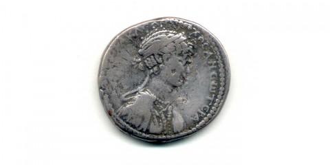 071-B1922 rv (Kleopatra VII, AMZ)